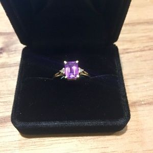 Jewelry - New! Diamond and Amethyst Gold Ring